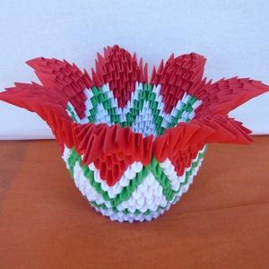 Piros tulipán kehely, Dekoráció, Otthon & lakás, Dísz, Lakberendezés, Kaspó, virágtartó, váza, korsó, cserép, Papírművészet, Decoupage, transzfer és szalvétatechnika, A termék origami papírhajtogatási technikával készült. 6x3,5 cm-es kis téglalapokból hajtogattam és ..., Meska