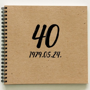 Megható AJÁNDÉK Emlékkönyv - kerek születésnapra - 21x19cm, Naptár, képeslap, album, Otthon & lakás, Jegyzetfüzet, napló, Férfiaknak, Naptár, jegyzet, tok, Fotó, grafika, rajz, illusztráció, Könyvkötés, Megható ajándékot keresel: Születésnapra AJÁNDÉK emlékkönyv. 18. / 30. / 40. / 50. / 60. / 70. szüle..., Meska