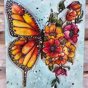 Pillangó narancsos virágokkal; 30x40 cm-es üveg kép, Otthon & Lakás, Dekoráció, Kép & Falikép, Üvegművészet, Festészet, Pillangó virágokkal sorozatom egyik tagja.\nNagy méretű 30 x 40 cm egyedi üvegfestékkel festett üveg ..., Meska