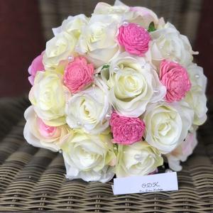 Menyasszonyi örökcsokor, Menyasszonyi- és dobócsokor, Esküvő, Virágkötés, Menyasszonynak készült ez a csodálatos csokor, egyedi elképzelés alapján. Selyemvirágokat, selyemsza..., Meska
