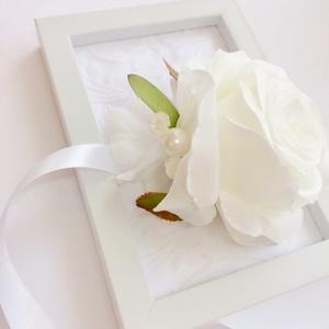 Hófehér rózsa elegáns esküvői csuklódísz menyasszonynak koszorúslánynak, Esküvő, Karkötő & Csuklódísz, Ékszer, Mindenmás, Virágkötés, Meska