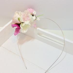 Rózsaszín hajráf menyasszonyoknak, koszorúslányoknak,sziromszóró lányoknak, Esküvő, Hajdísz, ruhadísz, Gyerek & játék, Baba-mama kellék, Virágkötés, Halvány rózsaszín barackvirág, rózsaszín és fehér rózsák, és egy pink boglárka kombinációjából készü..., Meska