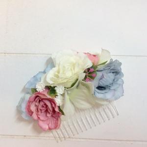 Korall és kék rózsás menyasszonyi hajdísz, Esküvő, Hajdísz, ruhadísz, Táska, Divat & Szépség, Ruha, divat, Virágkötés, Korall és kék együtt? Miért ne! Ez a színkombináció nem szokványos, ám annál inkább vibráló és egybe..., Meska