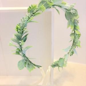 Zöld növényes menyasszonyi, koszorúslány hajkoszorú, hajdísz, Esküvő, Hajdísz, ruhadísz, Táska, Divat & Szépség, Ruha, divat, Hajbavaló, Hajpánt, Mindenmás, Virágkötés, Zöld műnövényből készült menyasszonyi, koszorúslány hajkoszorú. Alapja drót, mely tetszőlegesen alak..., Meska