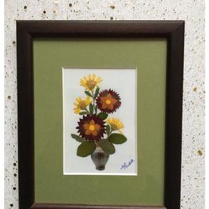Falikép préselt virággal TIR1 07, Otthon & Lakás, Dekoráció, Kép & Falikép, Mindenmás, Préselt virággal készült egyedi alkotás. Falikép, rámázva. \nMérete 14,5x17,5 cm. \n\nSzállitáskor bubo..., Meska
