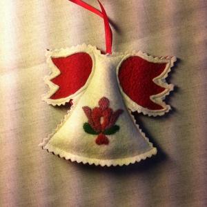 Filc angyalka szűrhímzéssel, Karácsony, Karácsonyi lakásdekoráció, Karácsonyfadíszek, Hímzés, Varrás, Meska