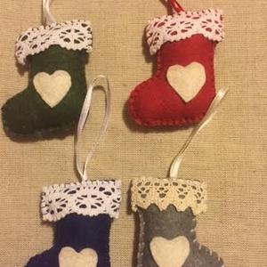 Karácsonyi filc csizmák, Otthon & Lakás, Falra akasztható dekor, Dekoráció, Varrás, Meska
