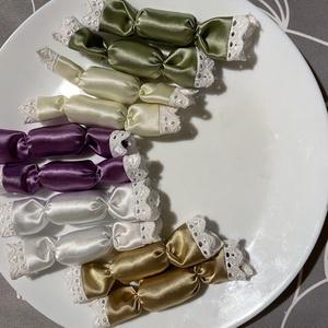 Szatén textil szaloncukor( elegáns), Karácsony, Karácsonyi lakásdekoráció, Karácsonyfadíszek, Varrás, Meska