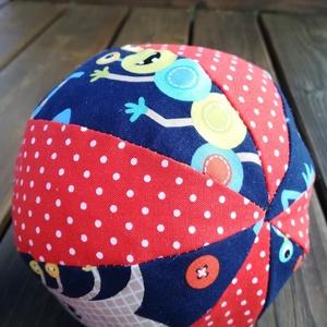 Szörnyikés textil labda, Játék & Gyerek, 3 éves kor alattiaknak, Babalabda, Varrás, Színes-mintás textilből készült, közepes méretű puha rongylabda. Benti játékhoz nagyobbaknak  is kiv..., Meska