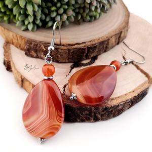 Nemesacél karneol fülbevaló, Ékszer, Fülbevaló, Ékszerkészítés, - Ez a karneol fülbevaló egy igazán meleg, tüzes, vöröses narancs ékszer.\n\n- Sávos mintázata teszi e..., Meska