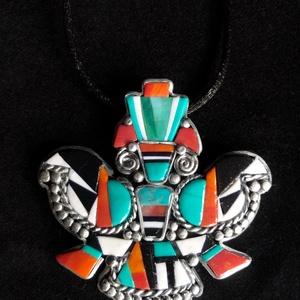 Navajo stílusú sas nyaklánc, Medálos nyaklánc, Nyaklánc, Ékszer, Ékszerkészítés, Gyurma, Kézzel készített,egyedi,különleges antik hatású, Navajo stílusú nyaklánc polymer clay-ből, mozaikber..., Meska