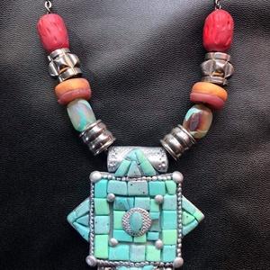 Tibeti türkiz nyaklánc, Ékszer, Nyaklánc, Gyöngyös nyaklác, Kézzel készített,egyedi,különleges tibeti stílusú nyaklánc polymer clay-ből,fekete színű rozsdamente..., Meska