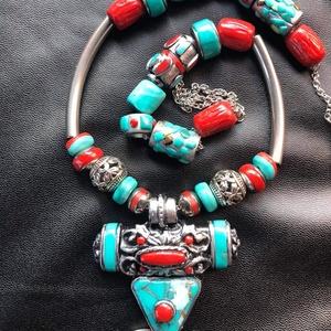 Tibeti nyaklánc, Ékszer, Nyaklánc, Medálos nyaklánc, Kézzel készített,egyedi,különleges tibeti stílusú nyaklánc polymer clay-ből,orvosi acél lánccal,szín..., Meska