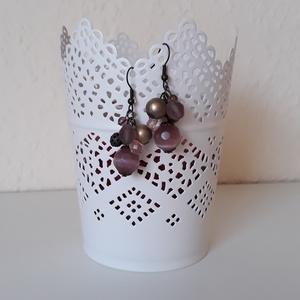 Lila-bronz bogyós fülbevaló, Ékszer, Lógó fülbevaló, Fülbevaló, Ékszerkészítés, Meska