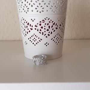 Memóriadrótos gyűrű, Ékszer, Gyűrű, Gyöngyös gyűrű, Ékszerkészítés, Fehér gyöngyös memória gyűrű, Meska