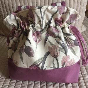 Lila-rózsaszín tulipános nyári oldaltáska, Válltáska, Kézitáska & válltáska, Táska & Tok, Varrás, Nyári táska, nyers alapon tulipános vastagabb dekortextilből, alja egyszínű lila anyagból, színben h..., Meska