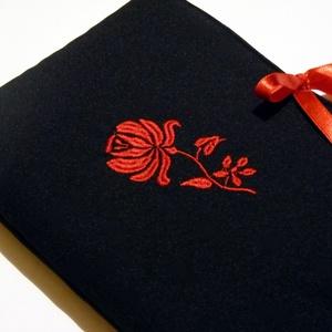 Akció! 4200 helyett.. Kalocsai virágos Ipod-tablet tartó (pannika) - Meska.hu