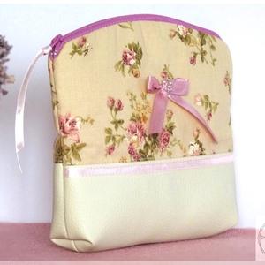 AkciÓÓ! 3400 helyett...Vintage textilbőr kis táska, neszesszer , Táska, Táska, Divat & Szépség, Neszesszer, Pénztárca, tok, tárca, Patchwork, foltvarrás, Varrás, Rózsás táskámat pamutvászonból és textilbőrből készítettem. \n Igazi nőies darab, elegáns és romantik..., Meska