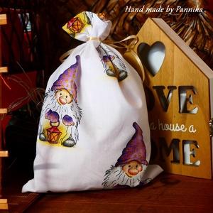 OLCSÓBBAN!! Manó mintás mikulászsák- ajándék átadó zsák, Otthon & lakás, Dekoráció, Ünnepi dekoráció, Karácsony, Varrás, Külseje miatt, már kibontás előtt meglepetés és ajándék egyben.\n Nagyon olcsón kínálom, hogy minél k..., Meska