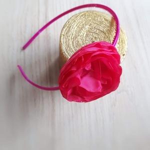 Szellőrózsa hajpánt, Táska, Divat & Szépség, Ruha, divat, Hajbavaló, Hajpánt, Varrás, Magenta színű szellőrózsa fix (nem állítható) hajpánton. \n\nA virág színe több variációból választhat..., Meska