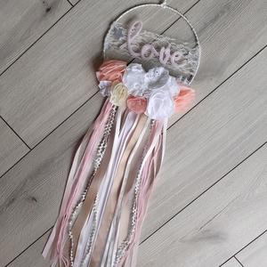 Éjjeli fény, álomőrző/álomfogó babaszoba dekor textilvirágokkal, névvel és égősorral  (Pantvirag) - Meska.hu