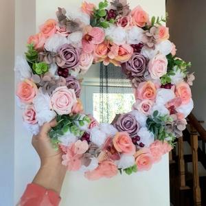 Tükör örökvirágokkal, rózsa, orchidea, hortenzia, Otthon & Lakás, Dekoráció, Tükör, Mindenmás, Kerek tükör és válogatott virágok. Minden darab egyesével került a helyére. Teljes átmérő 38-40cm. F..., Meska