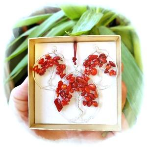 Piros korall életfa ékszergarnitúra, Ékszer, Ékszerszett, Ékszerkészítés, Gyöngyfűzés, gyöngyhímzés, Ezt az életfa szettet piros korall ásványgyöngyből készítettem.  Ezüstözött ékszerdrót keretbe fogla..., Meska