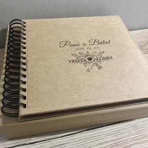 Polaroid vendégkönyv/fényképalbum, Újrahasznosított borítókkal, lapokkal, Egyedi esküvői logóval, Esküvő, Vendégkönyv, Emlék & Ajándék, Keménytáblás, fém spirállal fűzött fotóalbum, írható lapokkal, a vásárláskor megadott nevekkel és dá..., Meska