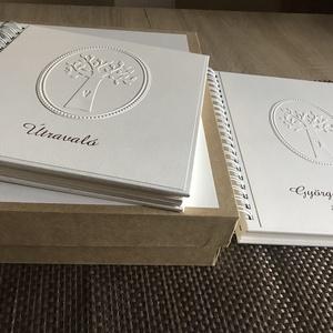 Fényképalbum és vendégkönyv - törtfehér, Otthon & Lakás, Papír írószer, Album & Fotóalbum, Papírművészet, Keménytáblás, fém spirállal fűzött fotóalbum és vendégkönyv, azonos stílusban és díszítéssel,  írhat..., Meska