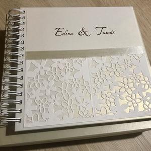 Virágcsipke-fényképalbum/vendégkönyv, Otthon & lakás, Esküvő, Naptár, képeslap, album, Papírművészet, Elegáns-romantikus, gyöngyházfényű és matt törtfehér. Szépséges, áttört virágmintával díszített, az..., Meska