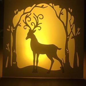 Csodaszarvas- világít(hat)ó képeslap, Otthon & Lakás, Karácsony & Mikulás, Karácsonyi képeslap, Papírművészet, Varázslatos téli erdő csodaszarvassal- képeslap formában, egy kis csavarral: pausz betéttel készítem..., Meska