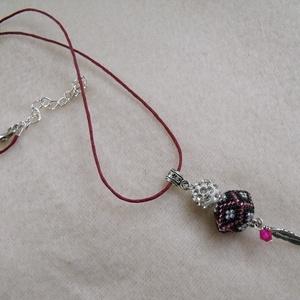 Pink fekete csillogás nyaklánc (papmelus) - Meska.hu
