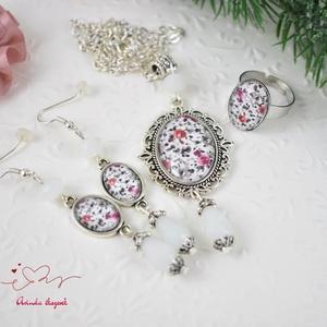Romantikus virágok vintage üveglencsés nyaklánc fülbevaló gyűrű szett (papmelus) - Meska.hu