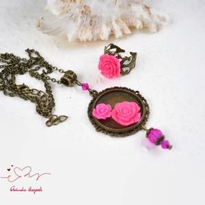 Gerda pink vintage virágos rózsás nyaklánc fülbevaló szett (papmelus) - Meska.hu