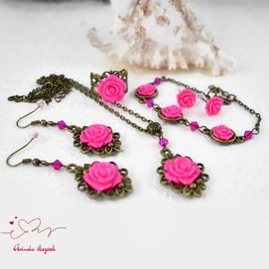 Lujza pink vintage virágos rózsás nyaklánc fülbevaló karkötő gyűrű szett (papmelus) - Meska.hu