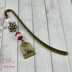 Kalitka medálos könyvjelző rózsaszín-fehér gyöngyökkel anyák napja ballagás évzáró pedagógus karácsony szülinap névnap  (papmelus) - Meska.hu