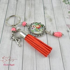 Nyári emlék flamingó bojtos üveglencsés kulcstartó táskadísz  (papmelus) - Meska.hu
