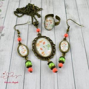 Zöld narancs üveglencsés vintage nyaklánc fülbevaló gyűrű szett (papmelus) - Meska.hu