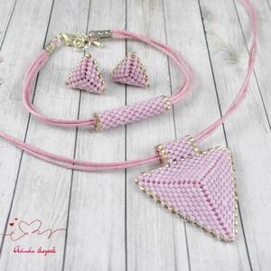 Rózsaszín háromszög nyaklánc fülbevaló karkötő szett (papmelus) - Meska.hu