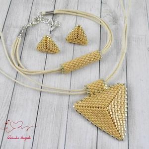 Krém háromszög nyaklánc fülbevaló karkötő szett (papmelus) - Meska.hu