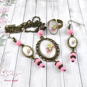 Rózsabimbó üveglencsés vintage nyaklánc fülbevaló gyűrű szett (papmelus) - Meska.hu