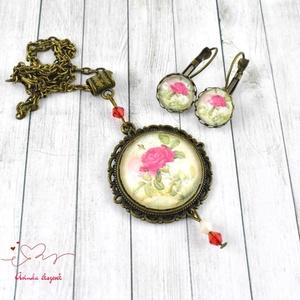 Vörös rózsaszál üveglencsés vintage nyaklánc fülbevaló gyűrű szett (papmelus) - Meska.hu