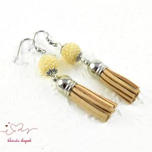 Bojtos gyöngyös beige antiallergén nemesacél acél fülbevaló tavaszi nyári fülbevaló ajándék nőnek lánynak  (papmelus) - Meska.hu