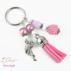 Rózsaszín flamingó fűzött bogyós bojtos kulcstartó táskadísz anyák napja ballagás évzáró pedagógus karácsony szülinap (papmelus) - Meska.hu