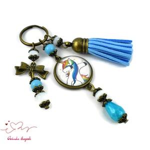 Unikornisos kék bojtos üveglencsés kulcstartó táskadísz bojtos nyár mikulás karácsony szülinap névnap ajándék (papmelus) - Meska.hu