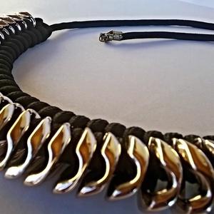 Arany-fekete nyaklánc (particulARTist) - Meska.hu