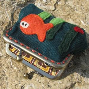 Aranyhal smaragd színű  mini kord csatos tárca (patonaifabian) - Meska.hu