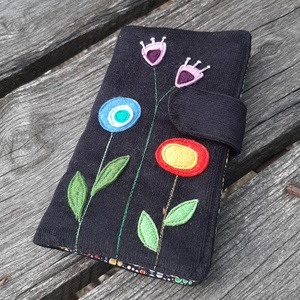 Modern virágok fekete színű kord irattartó és pénztárca , Táska, Divat & Szépség, Táska, Pénztárca, tok, tárca, Pénztárca, A mai világban rengeteg kártyával, cédulával, kuponfüzettel és egyebekkel tömnek minket. Hogy legyen..., Meska