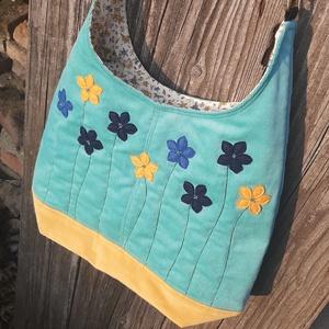 Nyár türkiz színű  kord pakolós táska, Táska & Tok, Kézitáska & válltáska, Nagy pakolós táska, Varrás, Szeretem a közepes méretű táskákat, mert korlátoznak, hogy mit is vigyek magammal. De sokan a pakoló..., Meska