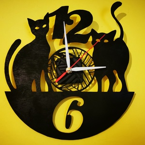 Cicás egyedi falióra, Otthon & Lakás, Dekoráció, Falióra & óra, Famegmunkálás, Festett tárgyak, Szereted a cicákat? Akkor ez az egyik olyan óránk, amit biztosan Neked készítünk :) Óraszerkezete cs..., Meska